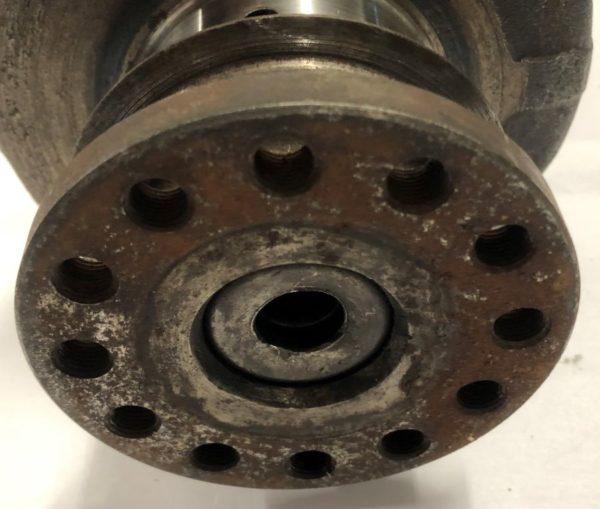 Pre-Owned Mercedes Benz-240D-Casting-61517 Crankshaft
